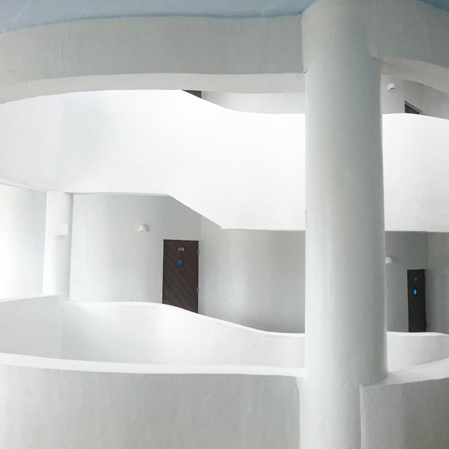 イーフコンドミニアム廊下